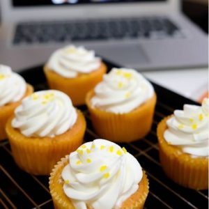 @jajantonio-Patricia antonio-Tres leches cupcakes